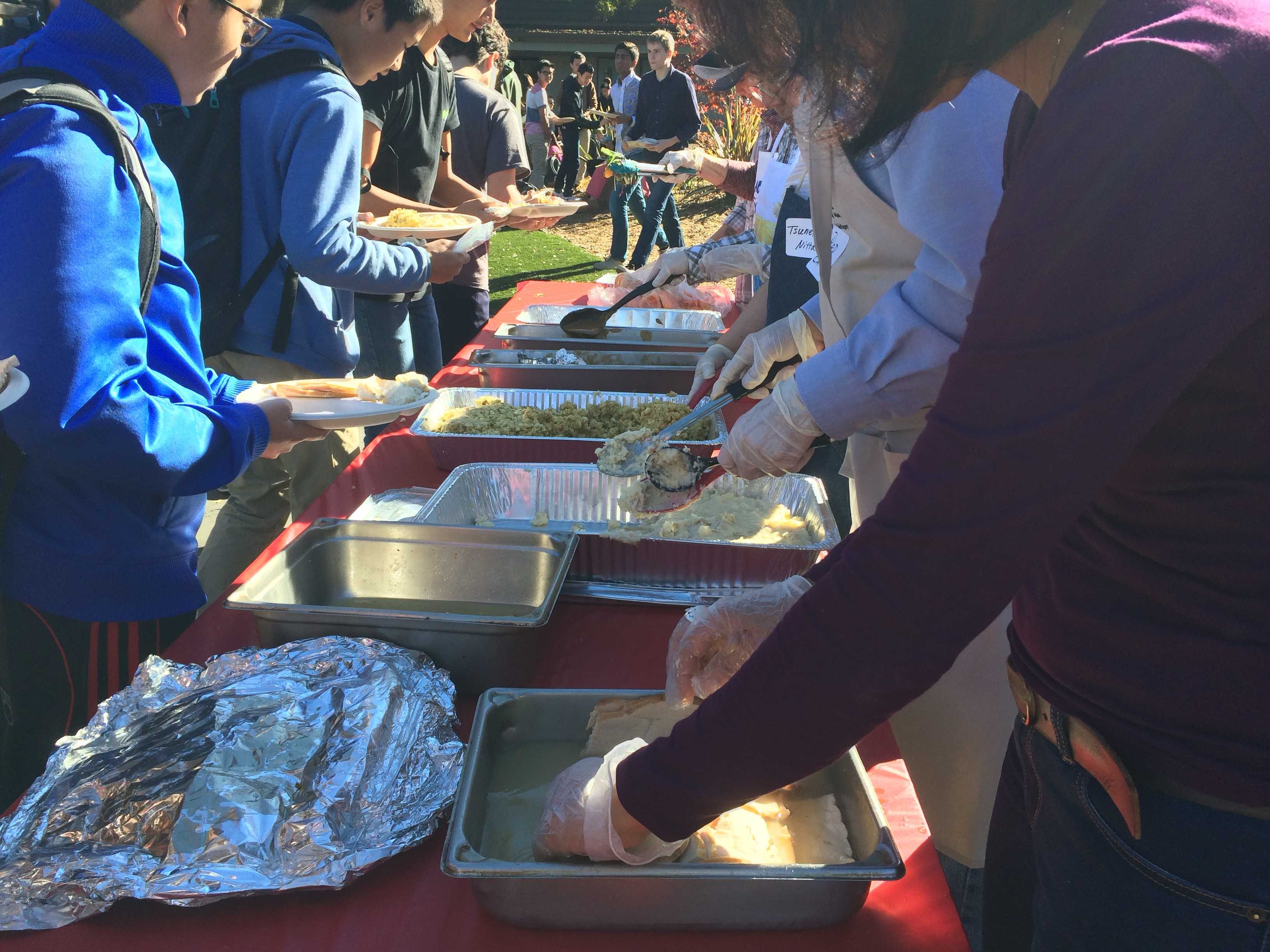Snapshots: School gathers for annual Turkey Feast