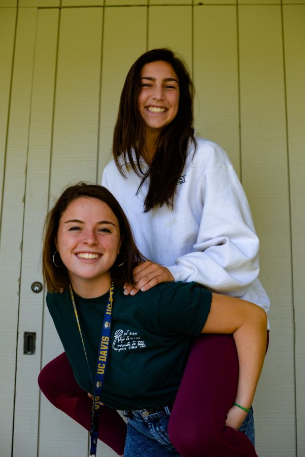 Meet the best friends on The Oracle: Laurel and Mikaela