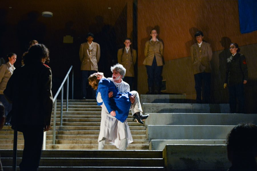 Outdoor+spring+play+%27King+Lear%27+impresses+audiences