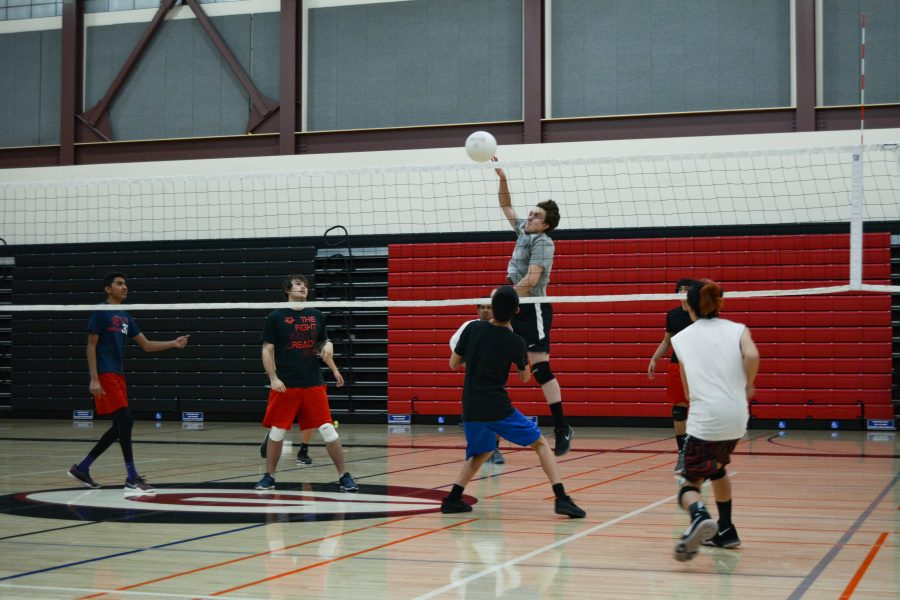 Boys volleyball kicks off first ever season with fiery start
