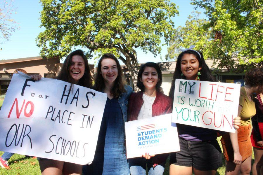 Students+organize+walkout+to+continue+the+fight+for+gun+control