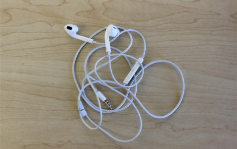 Battle of the Headphones: Earbuds